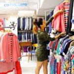 Soñar con una tienda de ropa
