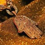 Soñar con amuletos